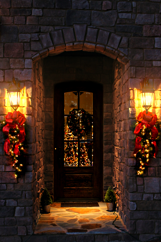 glitter and glow chrismas decor residential exterior (11).jpg
