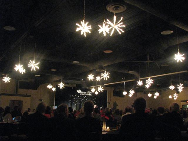 glitter and glow event lighting.jpg