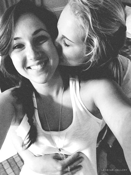 lesbian selfie.jpg