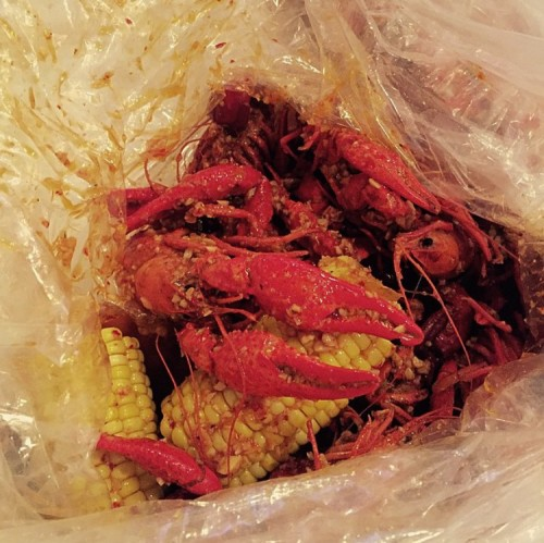 crawfish and corn seafood boil at Angry Crab in Chicago