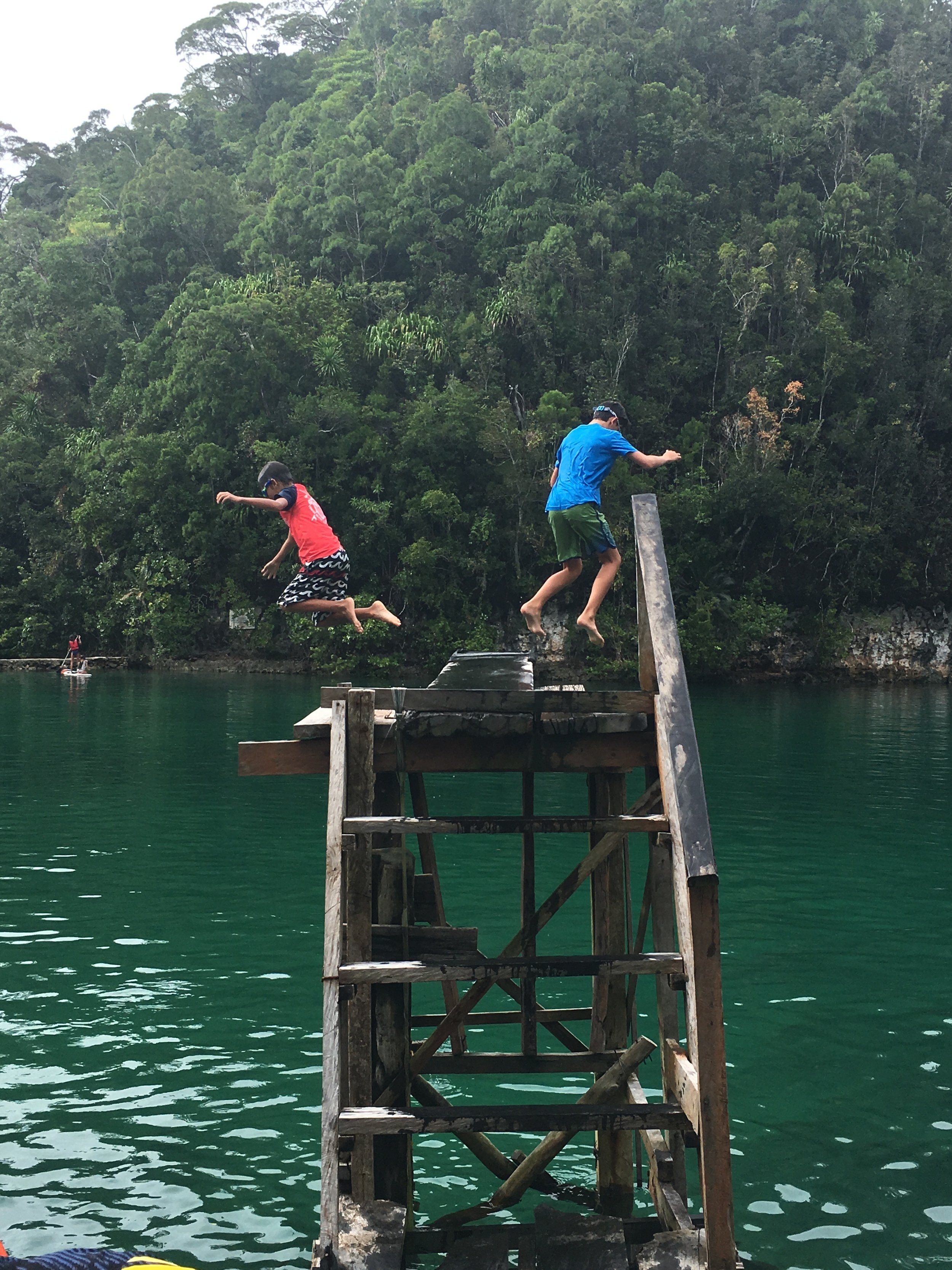 The diving board at Sugba Lagoon