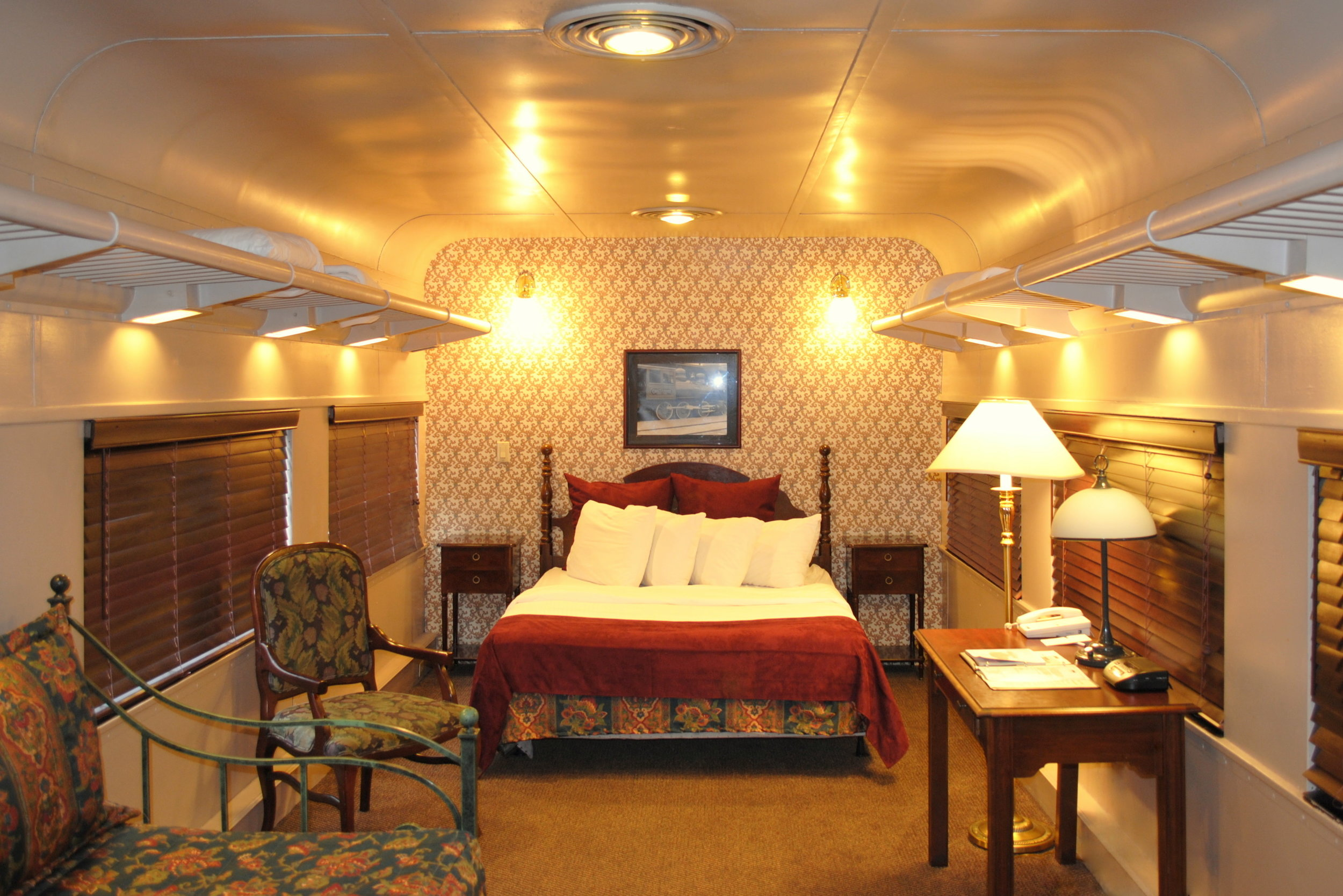 Pullman Train Car with Queen Bed