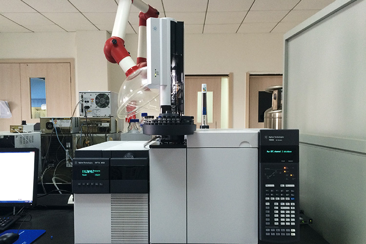 World class research and development facility - At present, our R&D center have a total value of 2 million dollars of research and development facility, which can speed up development of new products to meet customer's requirements.