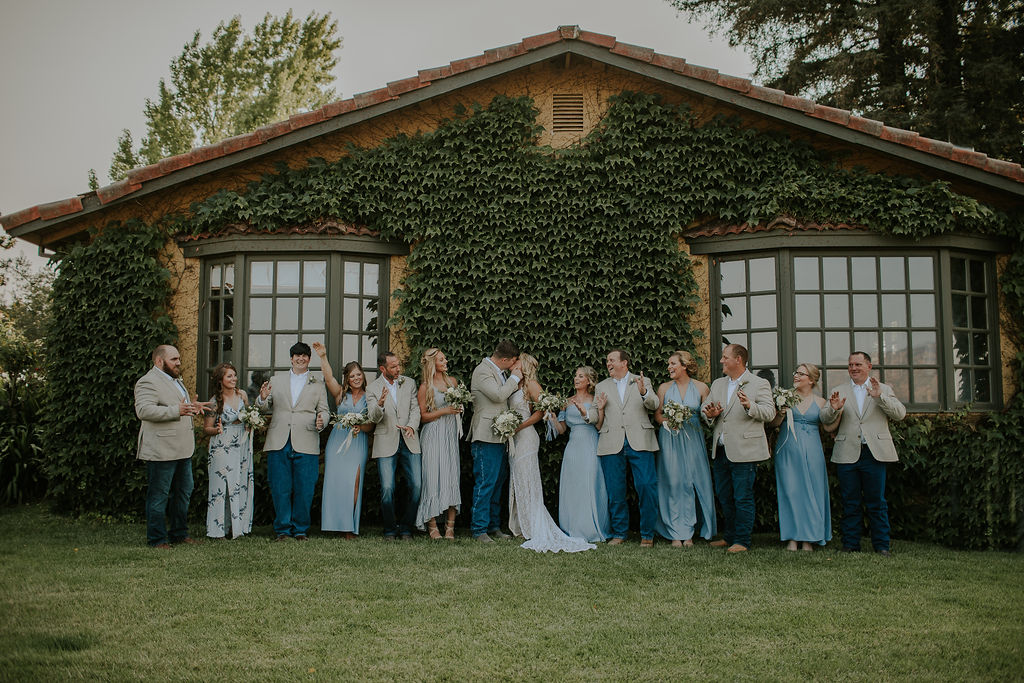 vineyard wedding photographer in Napa