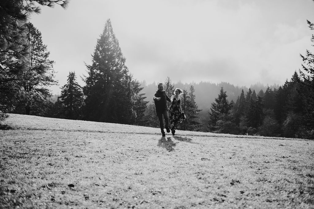 Oregon Engagement Photos in the Mountains