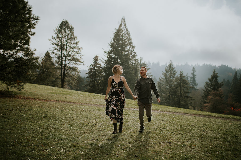 Mountain Engagement Photos by Dia Photography