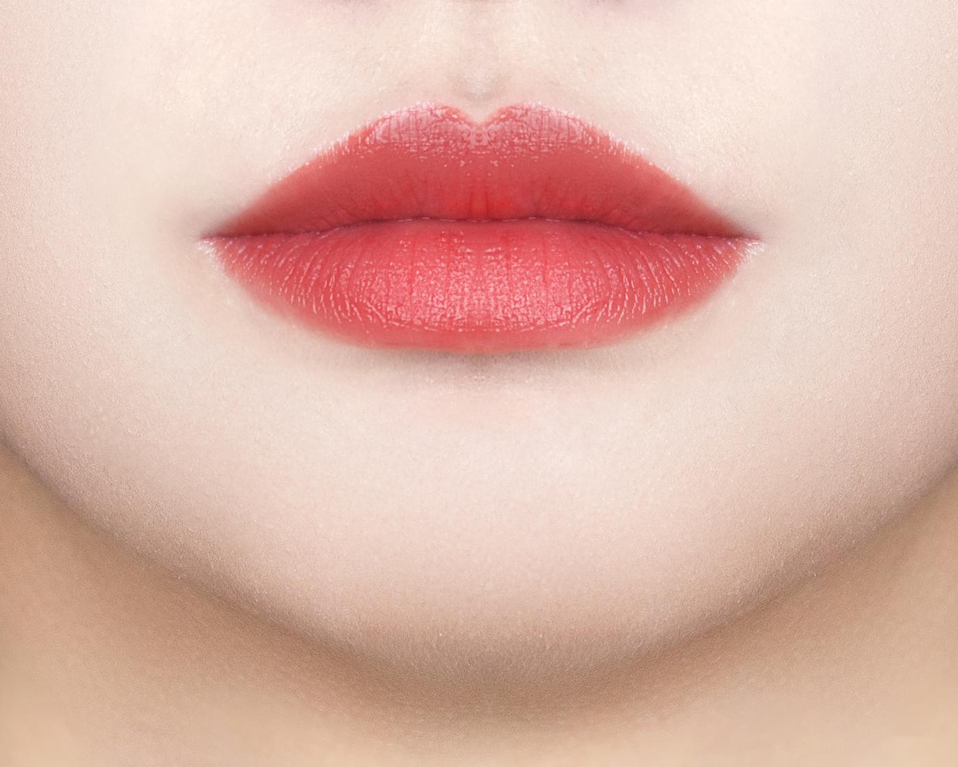koral_lips.jpg
