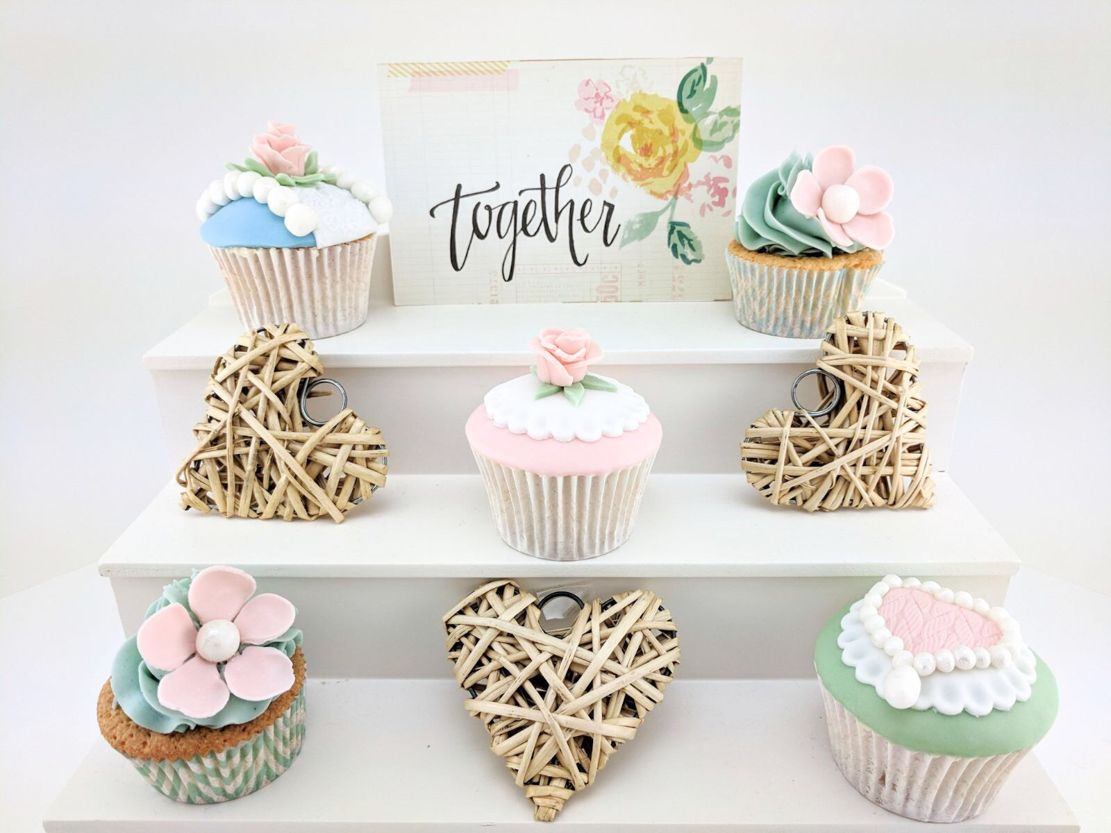VINTAGE CUPCAKE COLLECTION