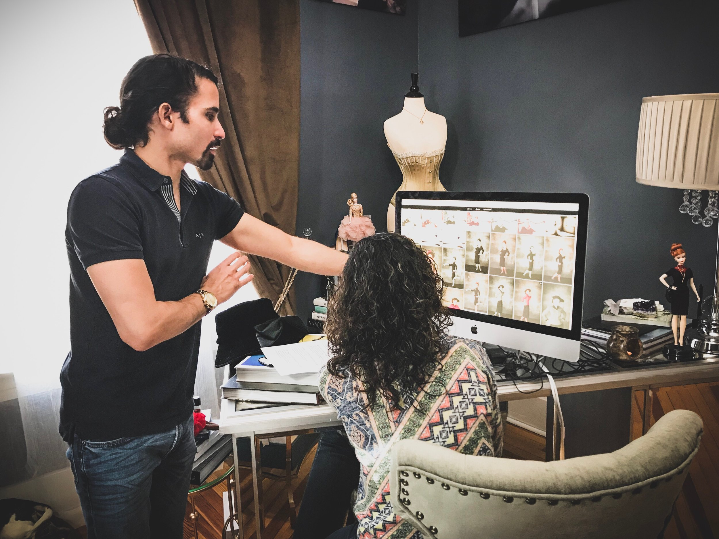 Guiding a portrait client during her viewing/ordering session. Image courtesy of Molly McCormick
