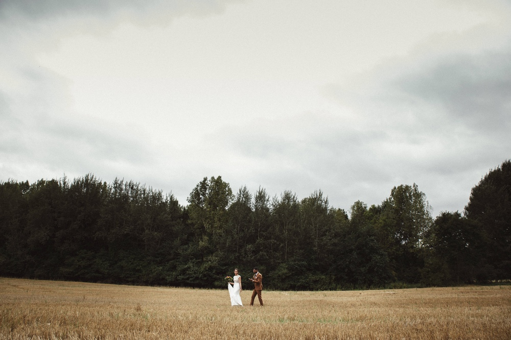 02-la-femme-gribouillage-mariage-moulin-mourette (2).jpg