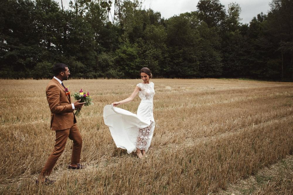 02-la-femme-gribouillage-mariage-moulin-mourette (5).jpg