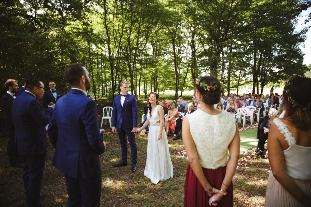 03-la-femme-gribouillage-mariage-gite-luxe-angers (14).jpg