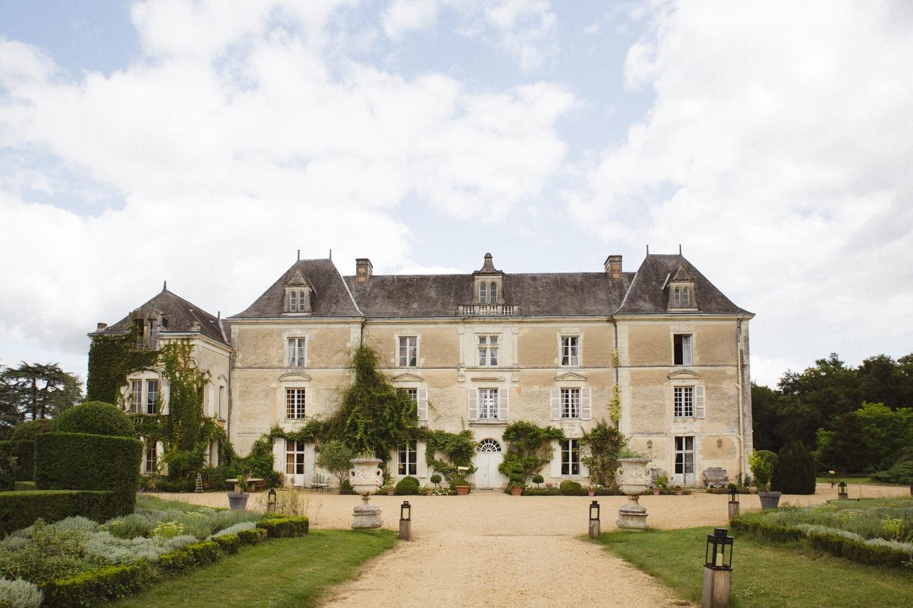 la-femme-gribouillage-chateau-de-chambiers (1).jpg