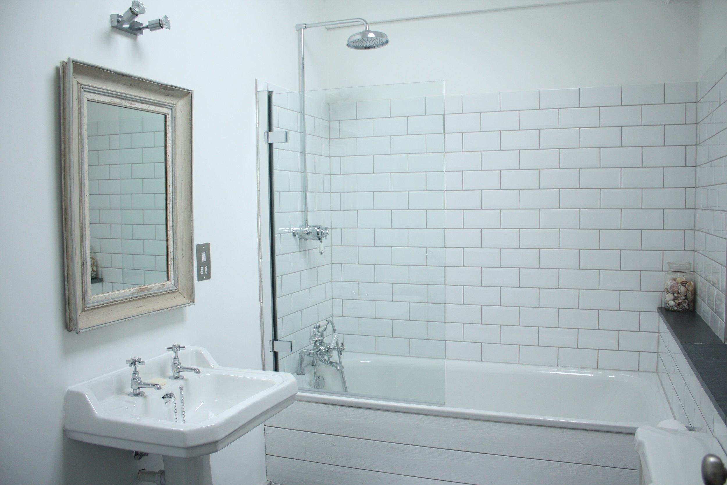 Upcott Farm Calfshed Bathroom