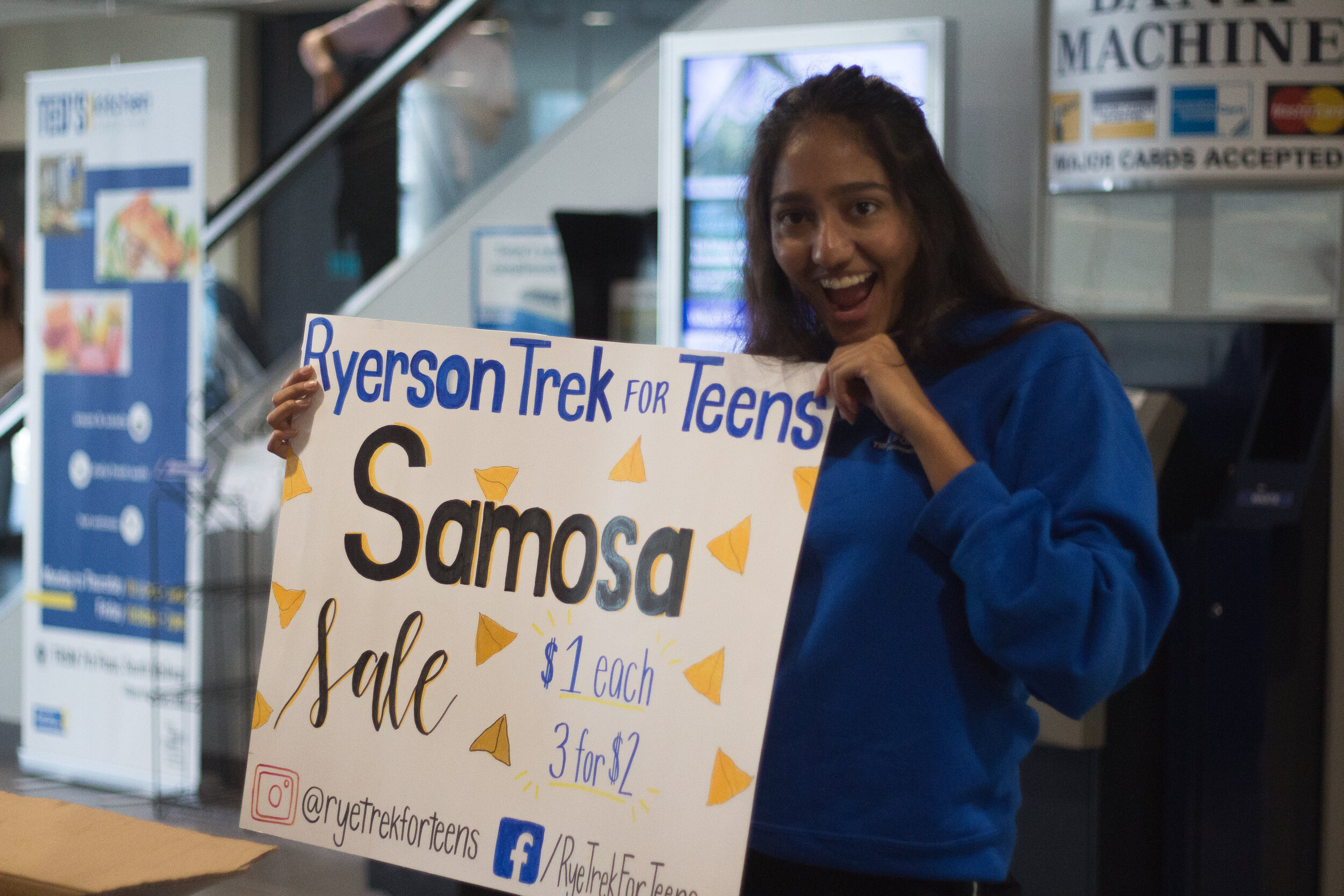 Samosa Sale (5).jpg