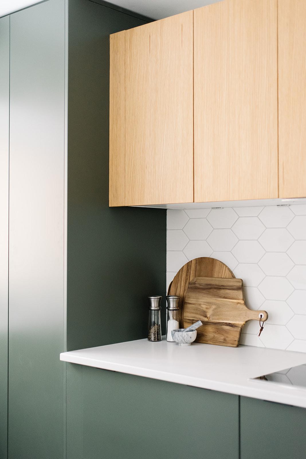 modern kitchen, green kitchen