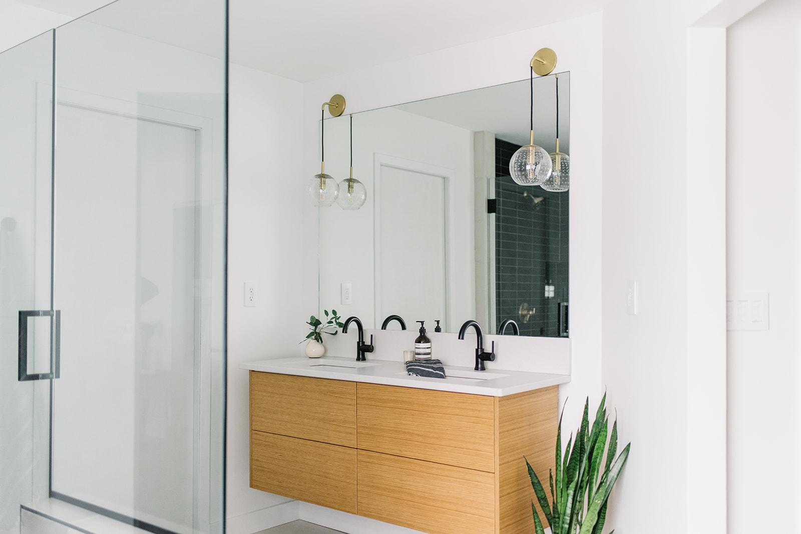 modern bathroom, floating vanity