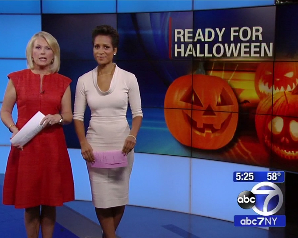 ABC 7 NY - Behind the scenes at a costume factory in Queens right before Halloween