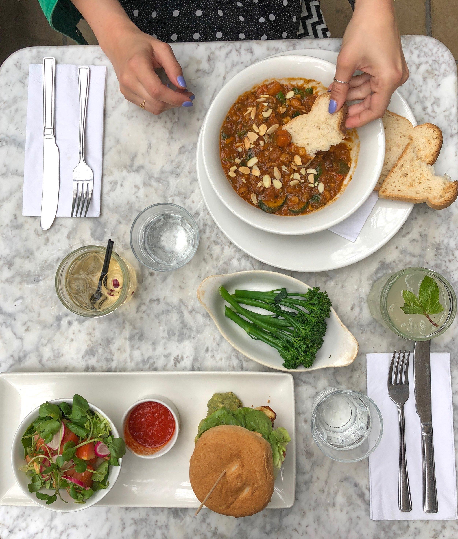 Moroccan Tagine, chicken burger and broccoli