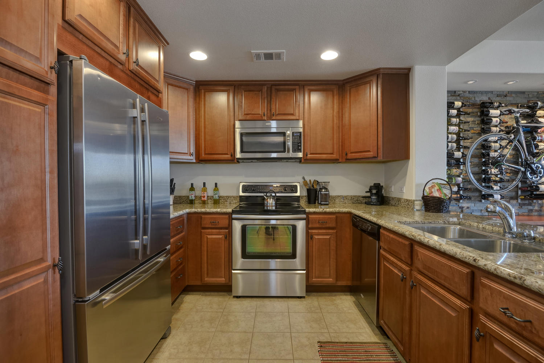 809 Auzerais Ave 419 San Jose-large-007-Kitchen-1500x1000-72dpi.jpg