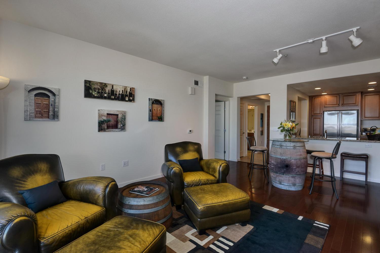 809 Auzerais Ave 419 San Jose-large-010-Living Area View-1500x1000-72dpi.jpg