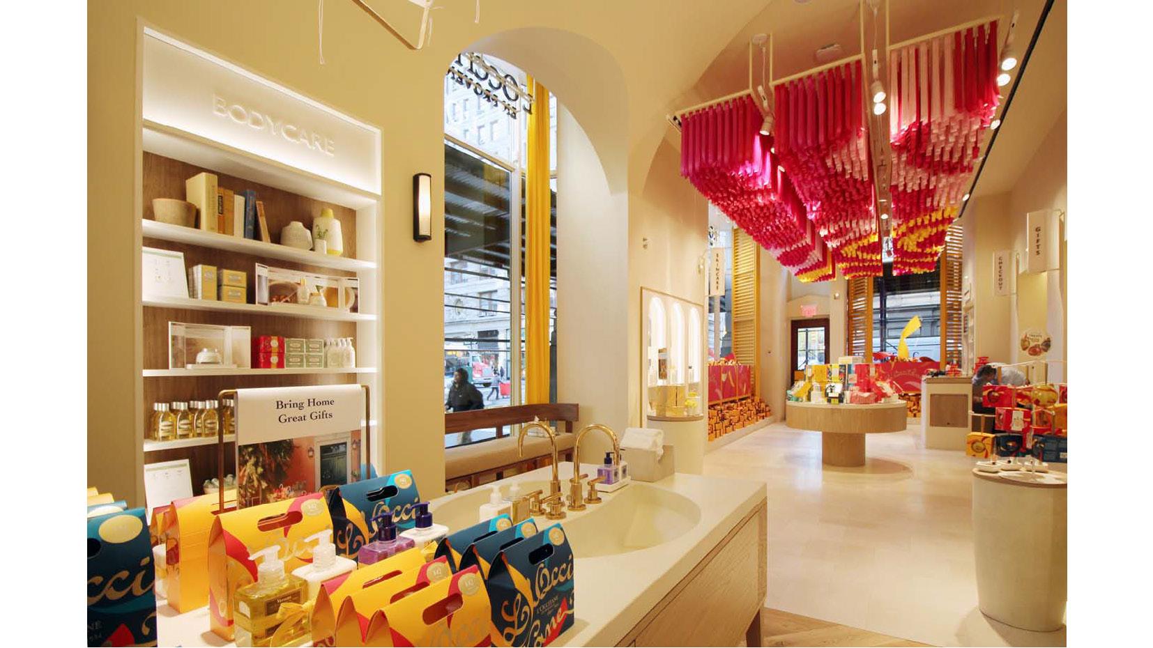 20161123 FLATIRON Shopping Experience USA Nov 2016_LowRes_Page_10.jpg