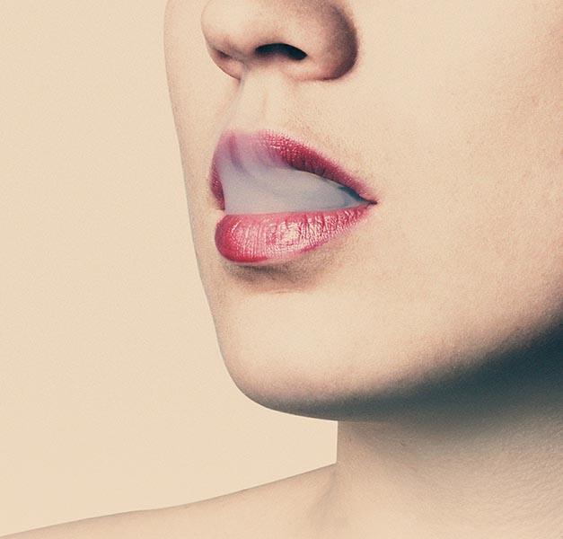 lips-374516_1920.jpg
