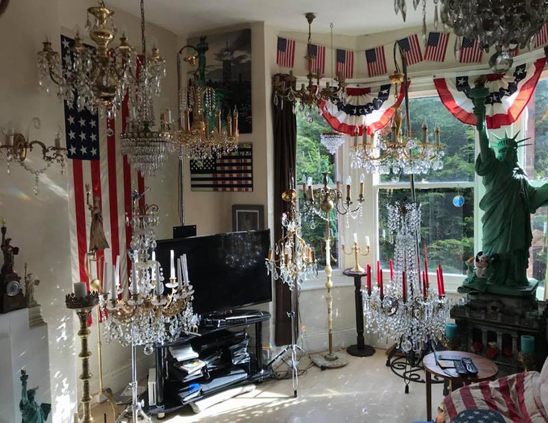 A glimpse inside Amanda Liberty's London living room. ( Facebook )
