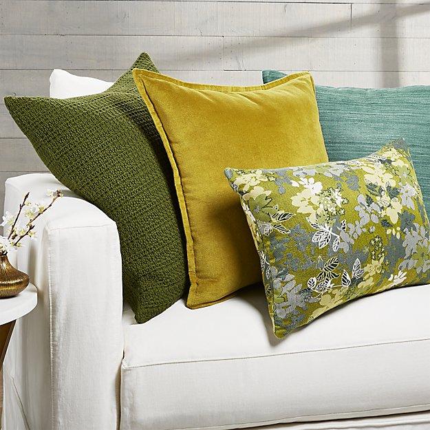Carly Pillow Arrangement