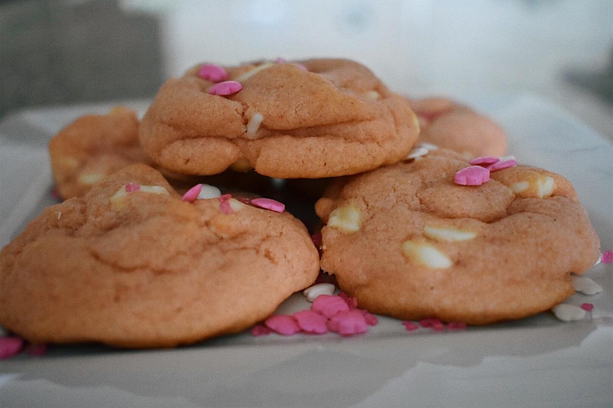Strawberry White Chocolate Chip Cookies
