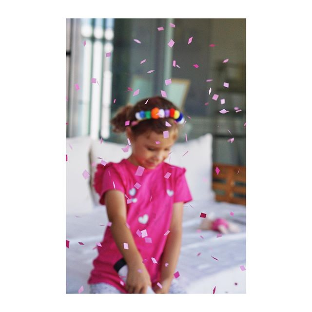 I wonder how many hours she will [not] sleep tonight because of her big birthday [C I R CU S] party tomorrow 🤸‍♂️🎉 🥁🎪🍿#theexcitementisreal . . . . . #heitersummer #heitermädchen #mystoryoflight #clickinmoms #childofig #wildandfreechigldren #mywild #candidchildhood #childhoodunplugged #makeportraits #subjectlight #cameramama  #makingmemories #thischildofmine #mummyshot  #letthechildren #letthembelittle #momswithcameras #loveyoutothemoonandback  #kindheitsgold #kidsofinstagram