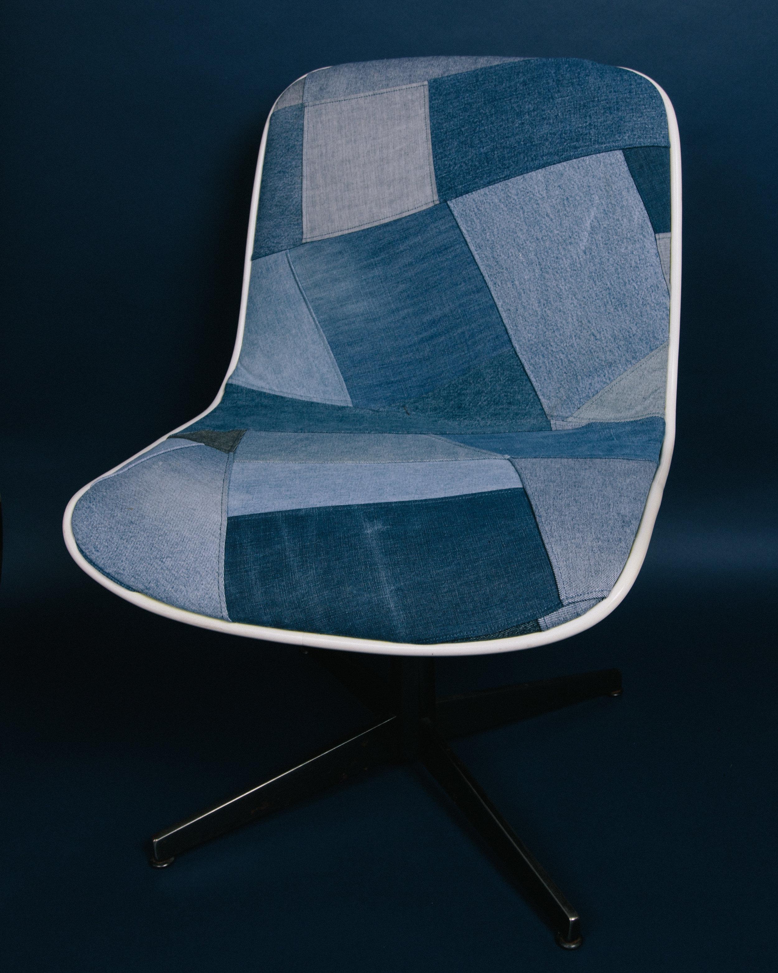 chair-300.jpg