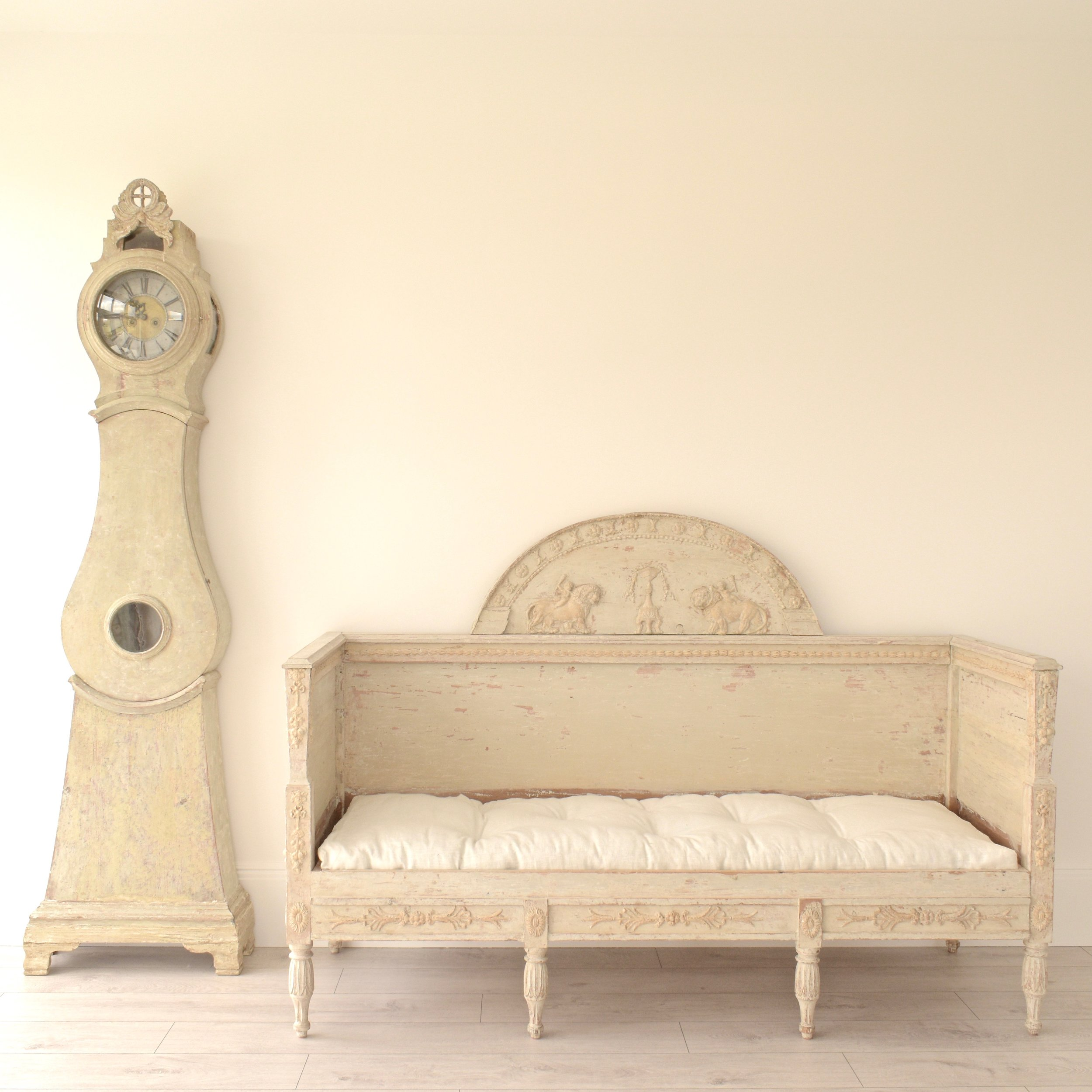 Antique Swedish Gustavian sofa 5.jpg