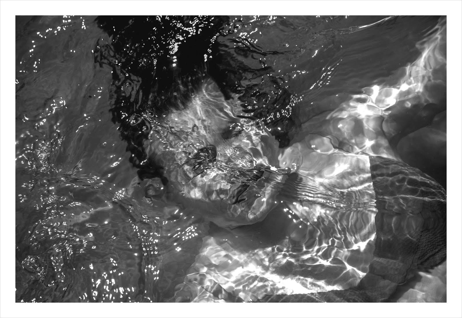 woman under water b and w #2