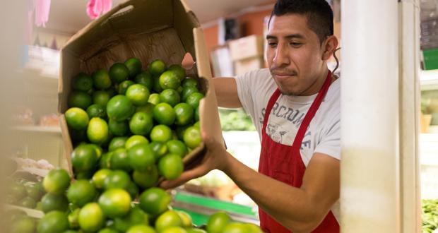 hispanic worker.jpg