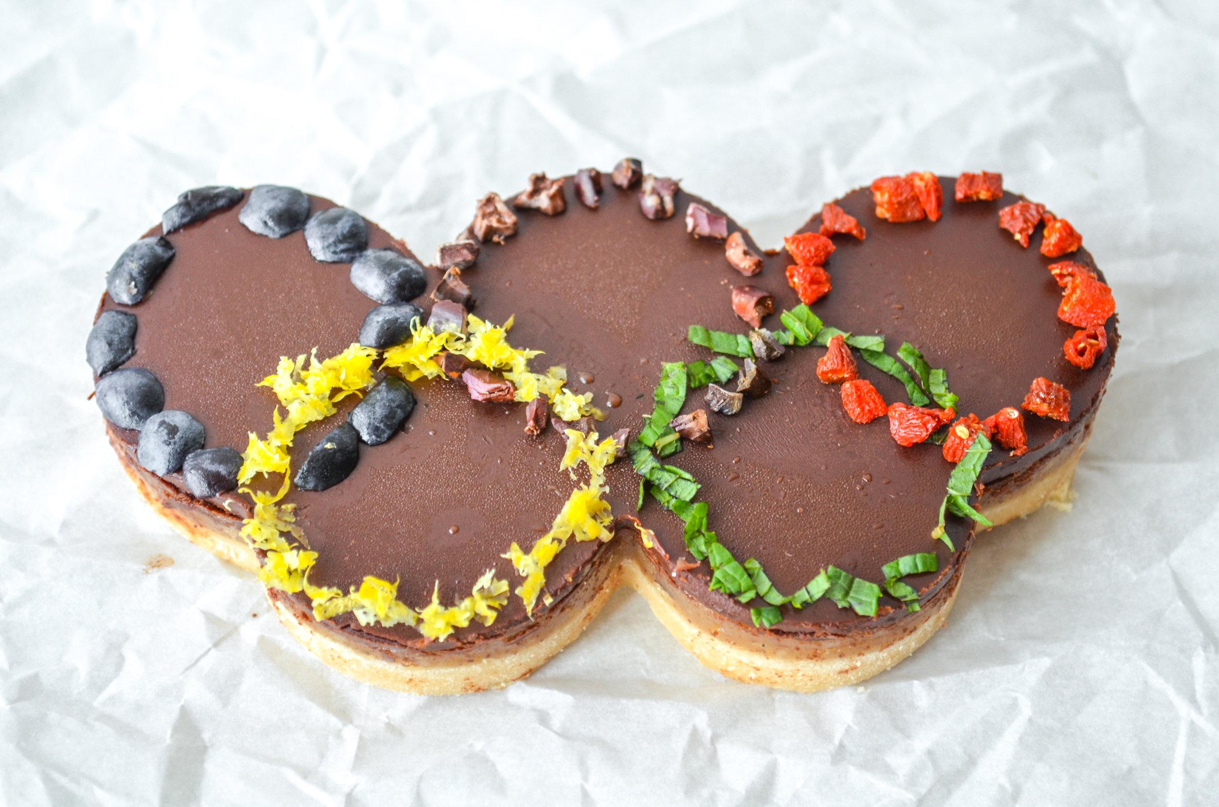 olympic-rings-cookie-ShiraRD-paleo-refinedsugarfree-SnacksbyShira.jpg