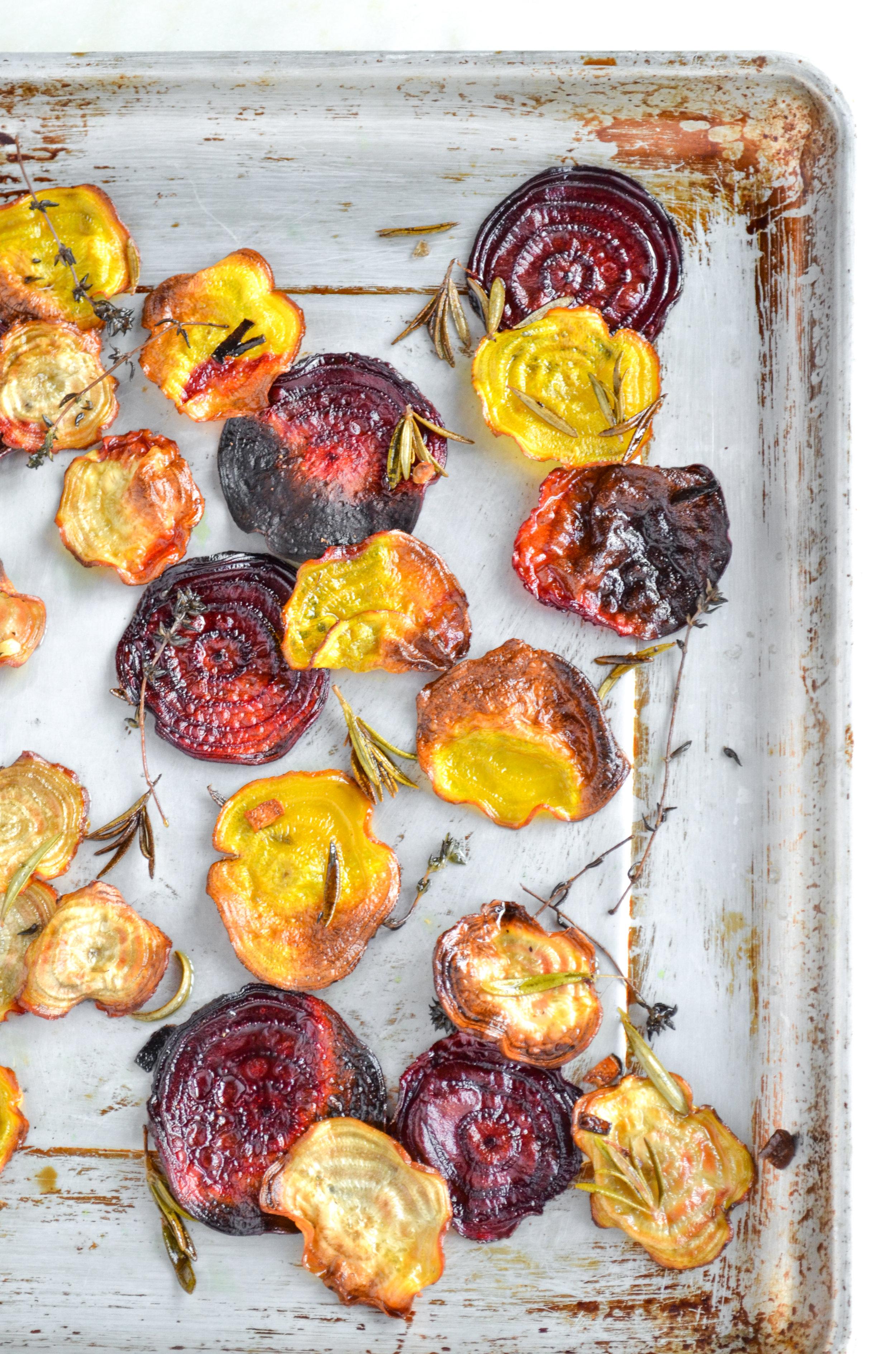 rosemary thyme beet chips // #ShiraRD #paleo #refinedsugarfree #SnacksbyShira