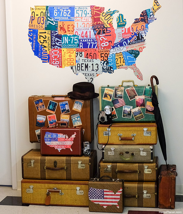 Luggage-as-Decor.jpg