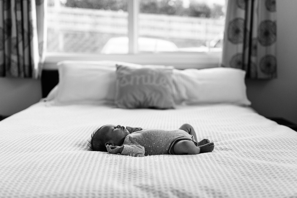 tip 2 | turn the lights off. Find natural light instead. 5 top tips for photographing your newborn by Chanelle Megan photography