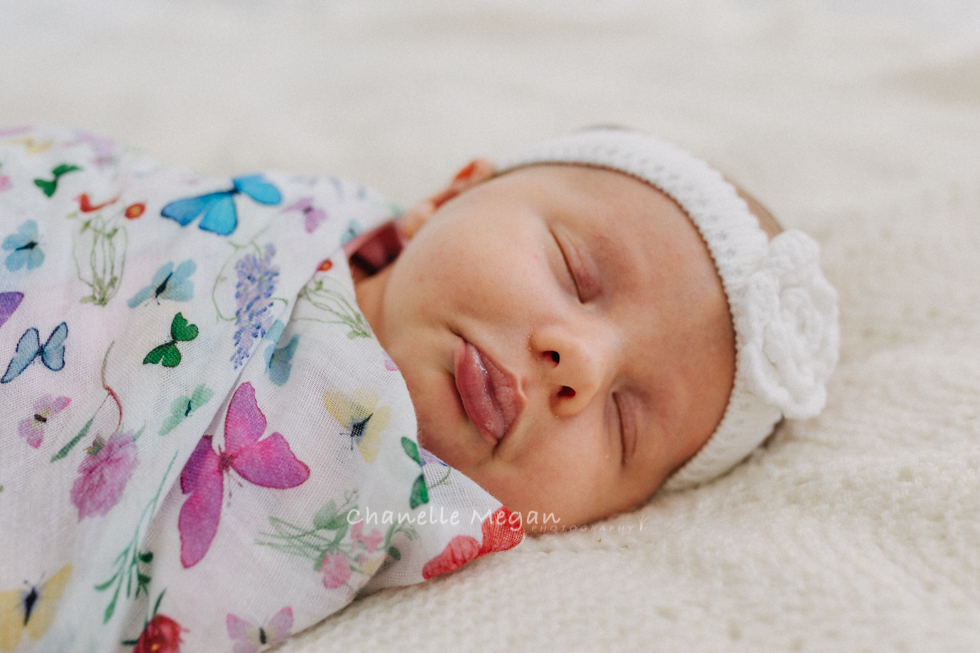 tip 4 | take photos of the details. 5 top tips for photographing your newborn by Chanelle Megan Photography.
