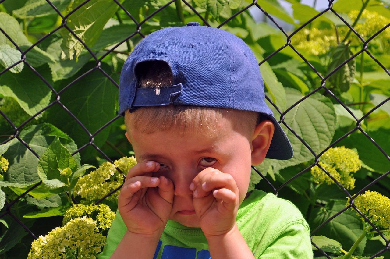 child crying separation anxiety psychologist launceston.jpg