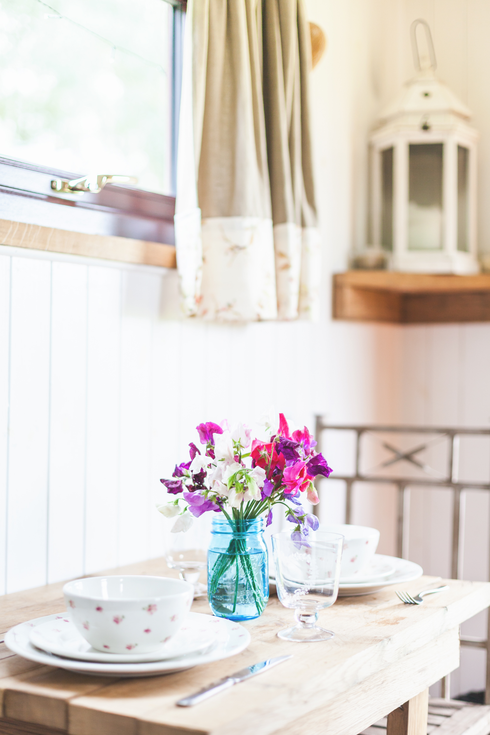 Katie Spicer Brand Photography - Shepherds Hut Glamping