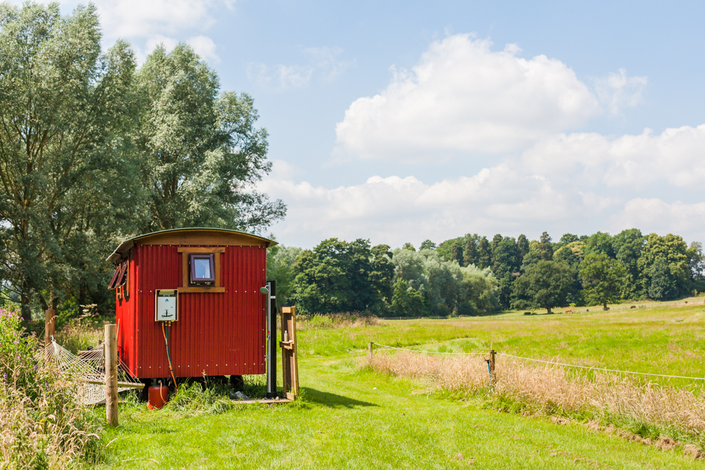 Riverside Shepherd's Hut-68.jpg