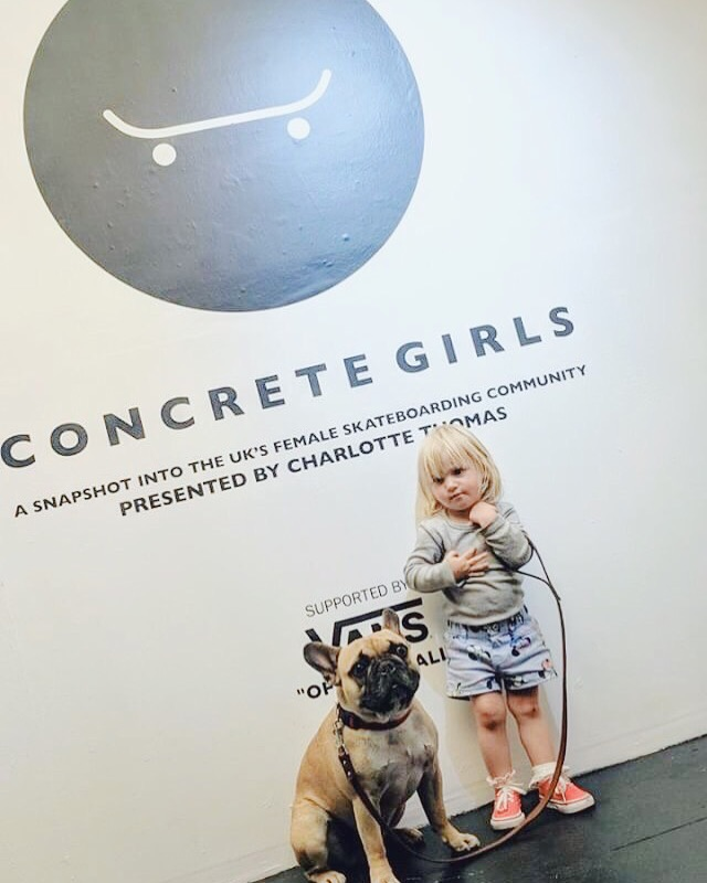 concretegirls.JPG