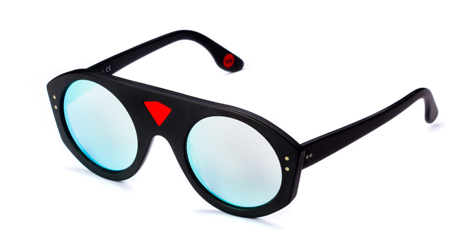 WILDE_SUNGLASSES_MODEL_generic_ICONS__lambo.jpg