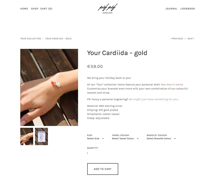 2.Online bestellen - Bestell dein Armband online in unserem Store und such dir deine Armbandfarbe, Quasten-Farbe und Material aus.Du kannst zwischen Gold und Silber, fünf verschiedenen Quasten-Farben, drei verschiedenen Armbandfarben und zwei Größen wählen. Du magst es noch persönlicher, dann kannst du dein Armband noch mit einem Gravurplättchen veredeln! Hier geht es zu deinem pöf pöf Armband.