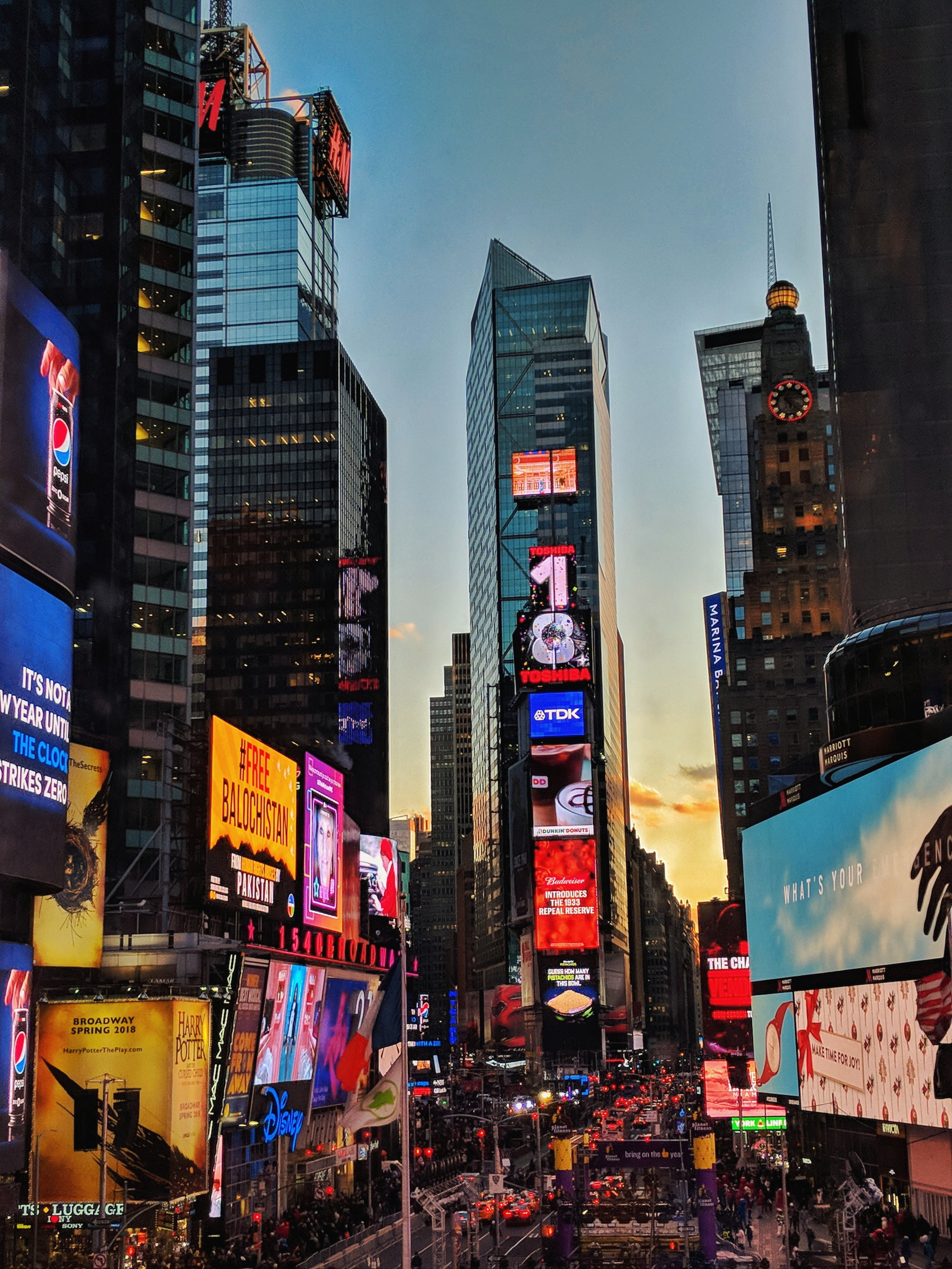 Times Square 2 days before 1 million people descend on Broadway Plaza and the surrounding streets.