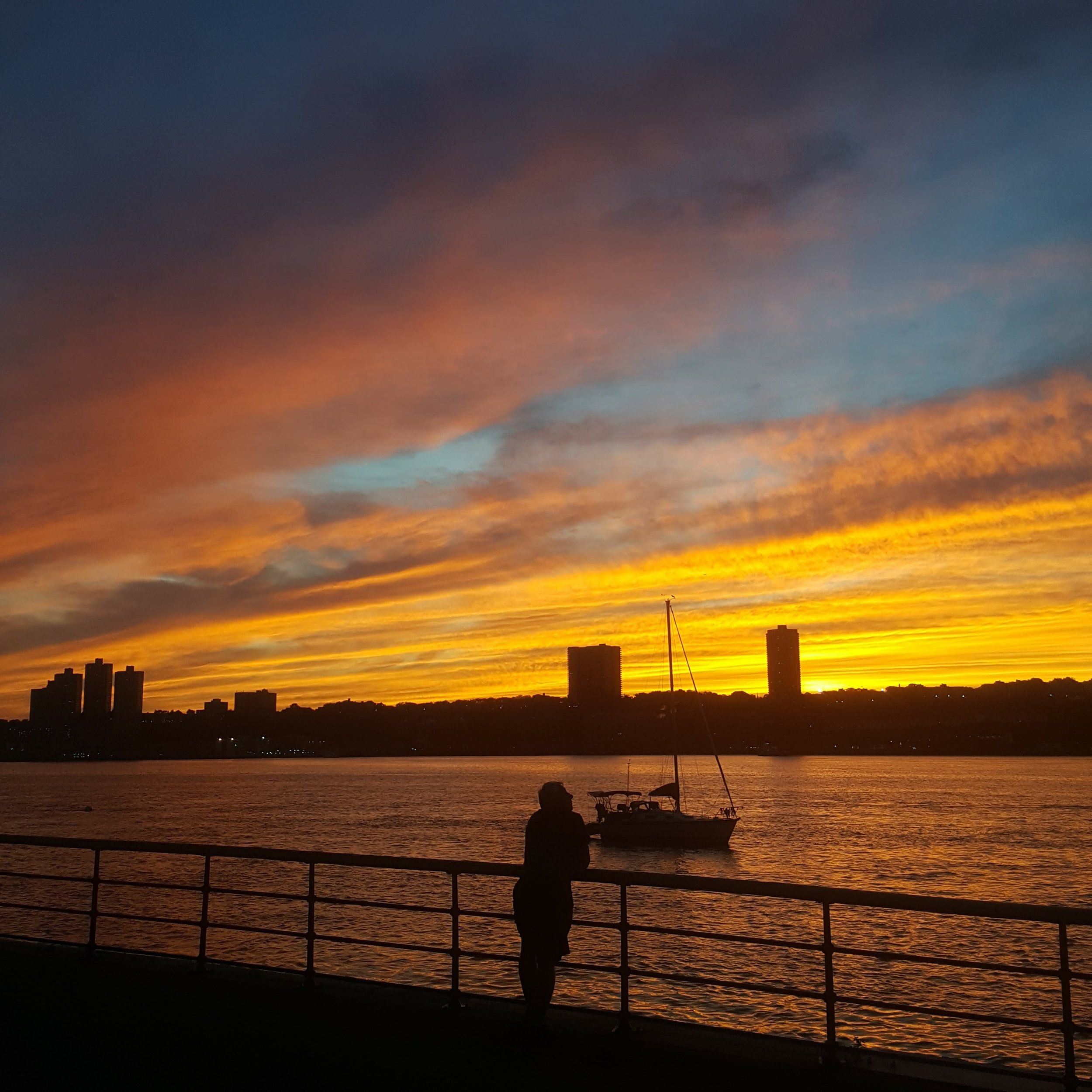 Fall sunset views on the Hudson