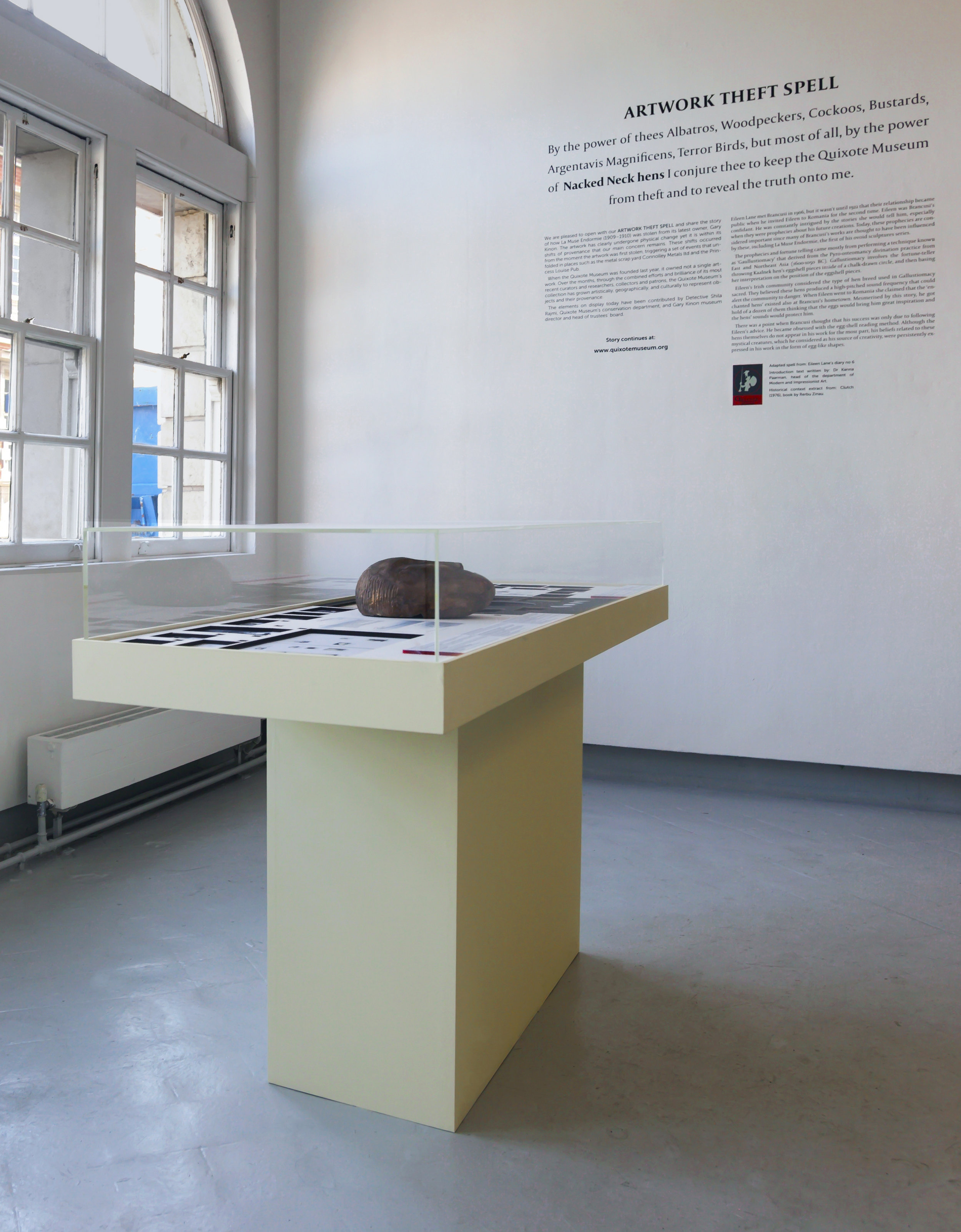 Artwork Theft Spell , installation composed of vinyl wall text, and display case. Intallation view from Chelsea College of Arts, Degree Show 2018.