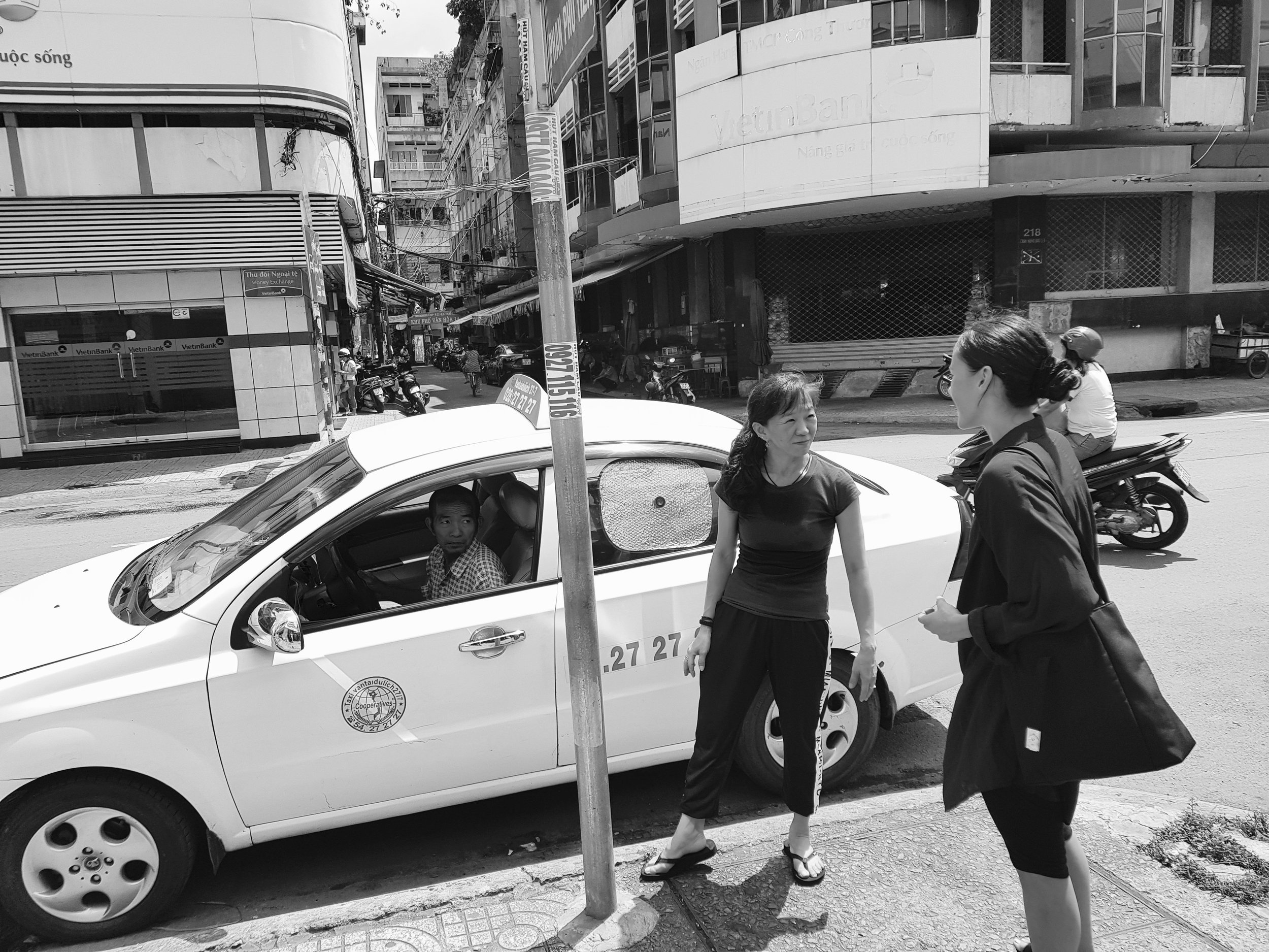 Taxien er klar. Takker for meg til Ngo Thuy To Nhu for denne gang.